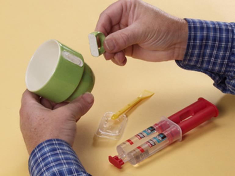 Эпоксидный клей: что он клеит, область применения, принцип работы и сфера использования