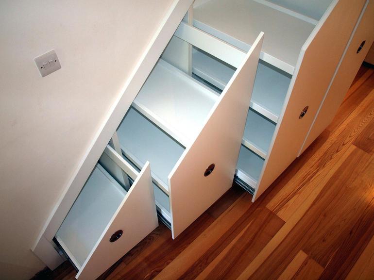 Шкаф с выдвижными ящиками своими руками: выбор направляющих, рекомендации по изготовлению