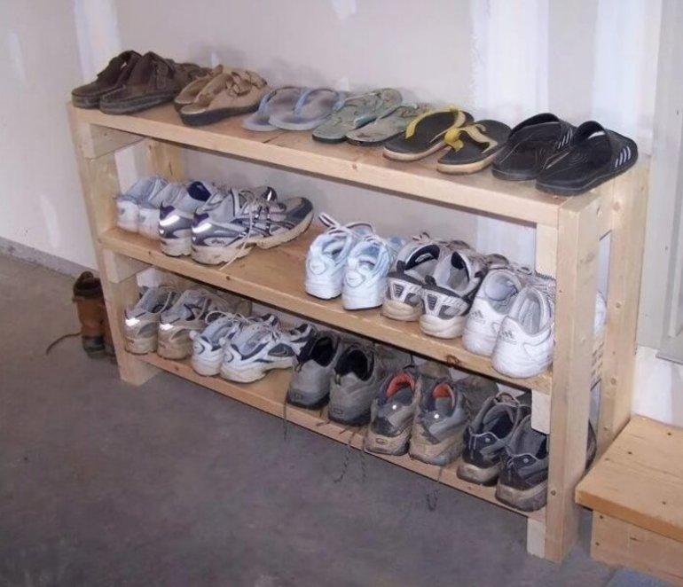 Как собрать полку для обуви: подставка из фанеры и досок, металлический стеллаж, угловая обувница