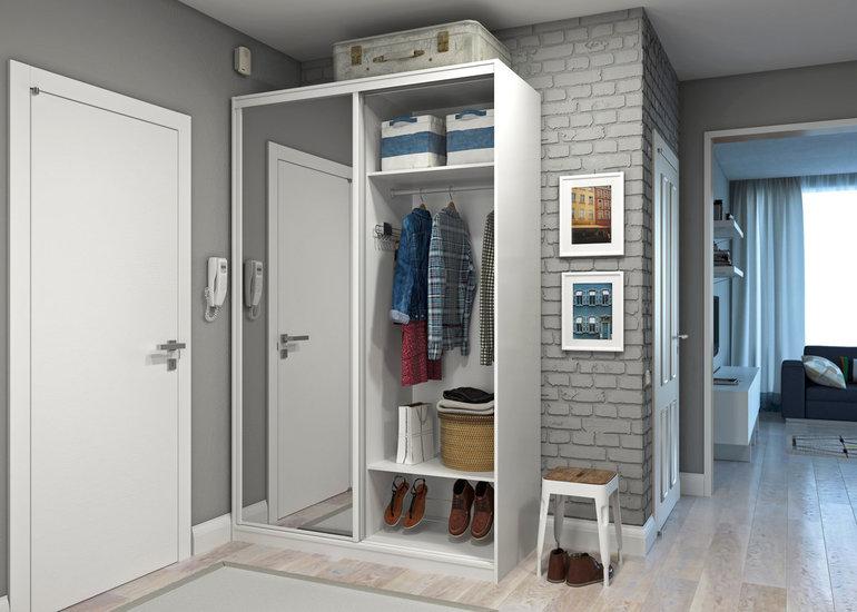 Ремонт маленького коридора в квартире: материалы для отделки небольшой прихожей