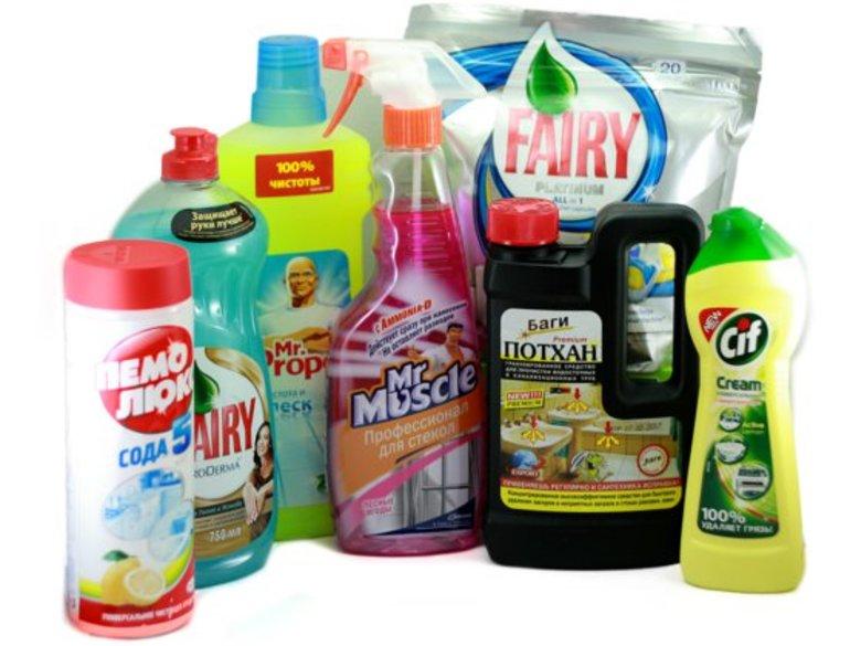 Натяжной потолок: как и чем помыть, эффективные средства для чистки грязи и пыли, полезные советы