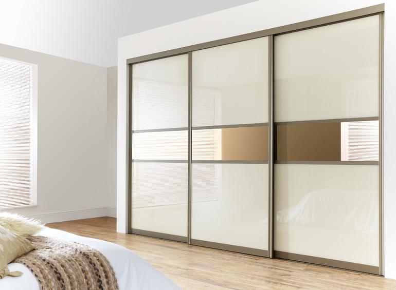 Раздвижные двери для гардеробной: виды конструкций, изготовление и монтаж своими руками