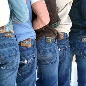 Как вывести краску с джинсов?