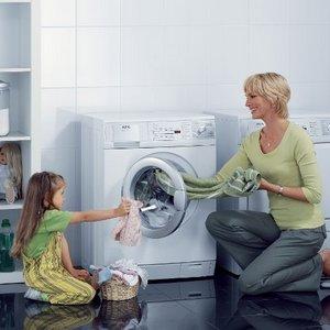 Значки на одежде — как стирать?