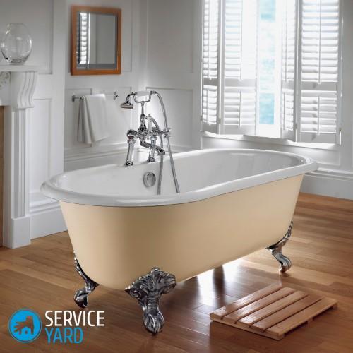bathroom-fancy-wooden-bathroom-doormat-with-vintage-freestanding-500x500