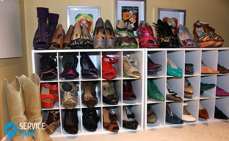 Для хранения обуви есть много практичных мест