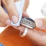 Как почистить серебро нашатырным спиртом в домашних условиях?