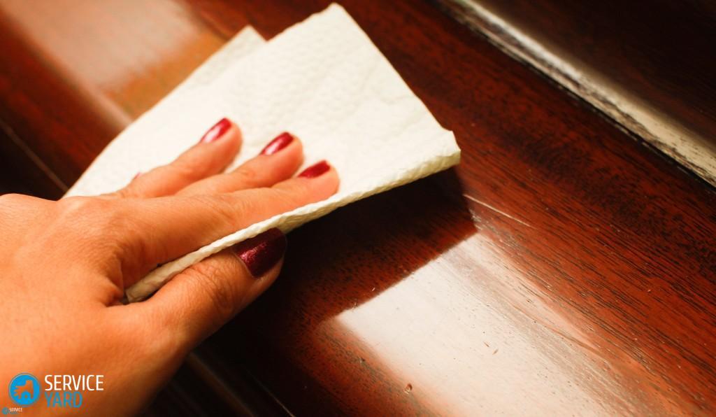 Чем почистить полированную мебель