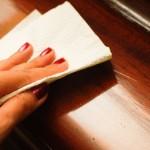 Чем почистить полированную мебель?