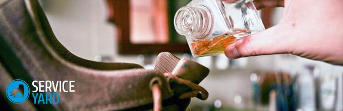 Как избавиться от неприятного запаха в сапогах?