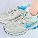 Как просушить обувь внутри в домашних условиях?