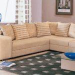 Как обновить диван?