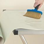 Как убрать клей с обоев после поклейки?