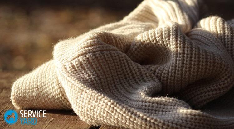 Как постирать свитер, чтобы он сел