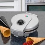 Как очистить вафельницу?