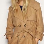 Как убрать катышки с пальто?