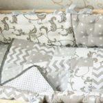 Как сшить подушку для новорожденного своими руками?