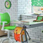 Как выбрать стул для школьника для дома?
