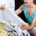 Как вывести запах бензина с одежды быстро?