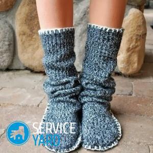 Сшить носки из старого свитера