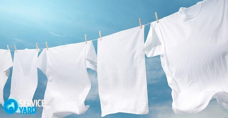 Как очистить рвоту с одежды?