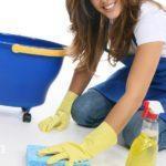 Чем отмыть пол после ремонта от побелки?