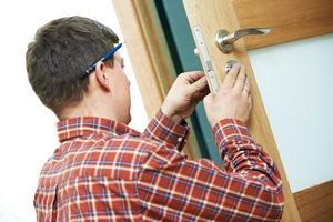 Ставим окна и двери сами: на что обратить внимание?