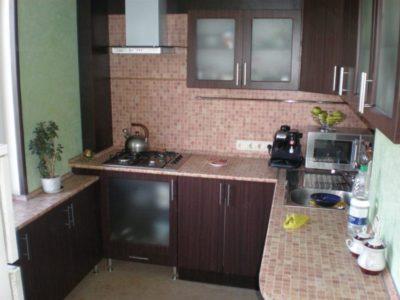 200 идей дизайна интерьера маленькой кухни 6 кв. м с фото 🖼