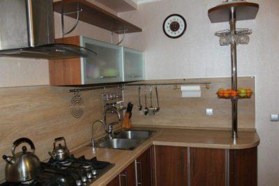 200 идей дизайна интерьера кухни с рейлингами для кухни с фото 🖼