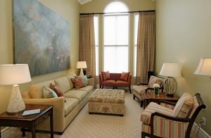 Как правильно расставить мебель и оформить интерьер в комнате