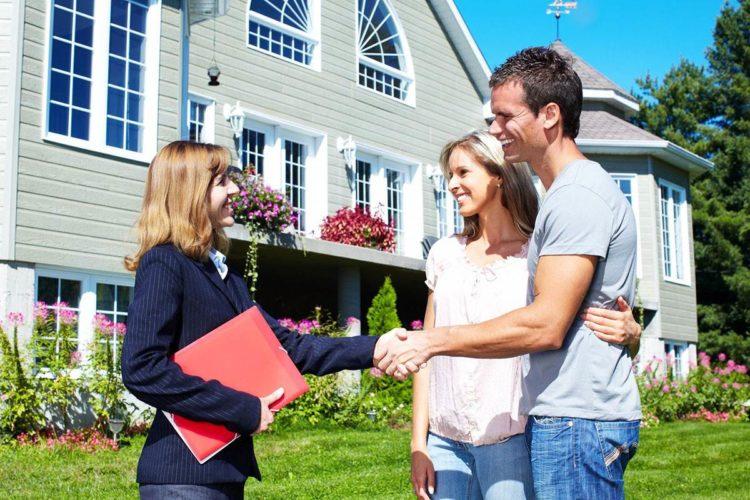 Семейные пары в загородные дома.