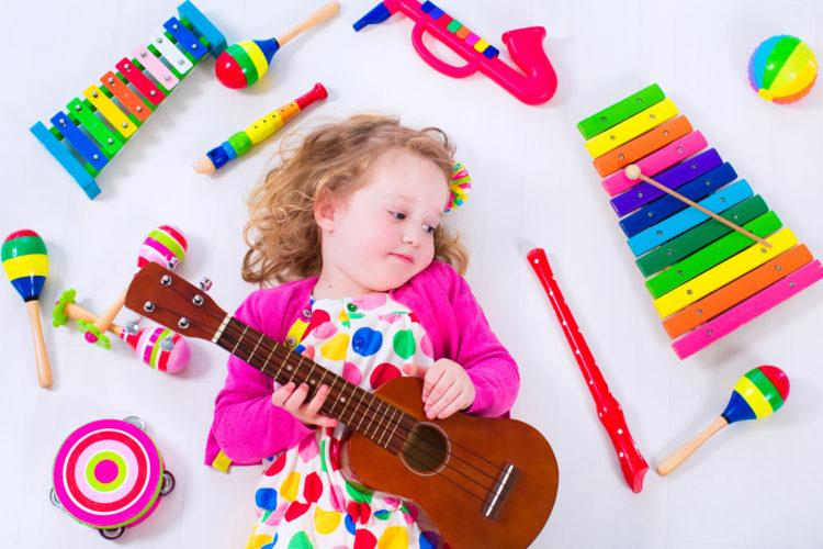Игрушки, музыкальные инструменты: как выбрать и узнать, есть ли у ребенка талант