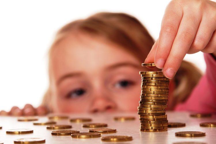 Влияние семейного положения на уровень материальной обеспеченности