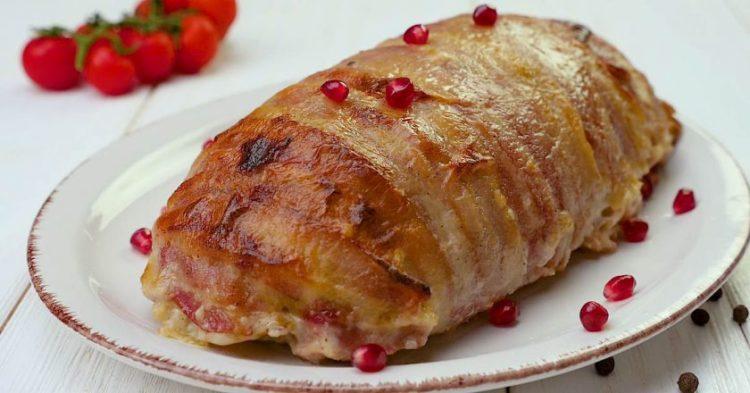 Рецепт праздничного мясного рулета с пряной грушевой начинкой