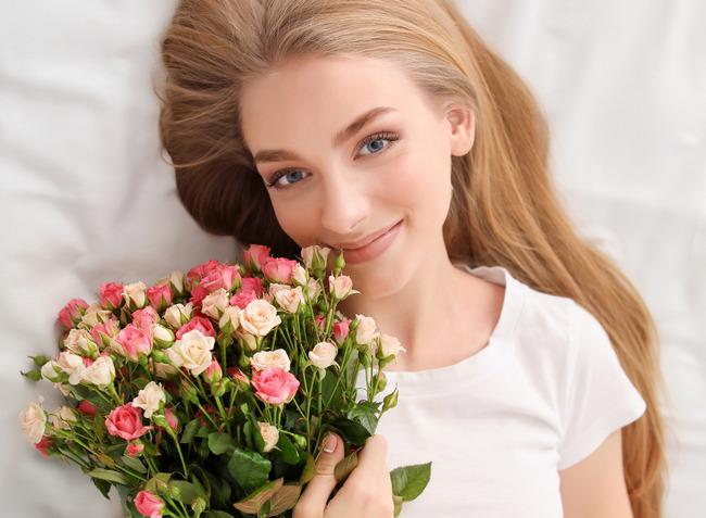 Почему мужчины не дарят цветы женщинам?