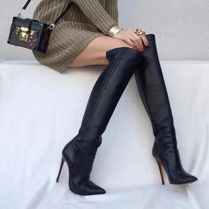 Ботфорты – как и с чем носить популярные сапоги?