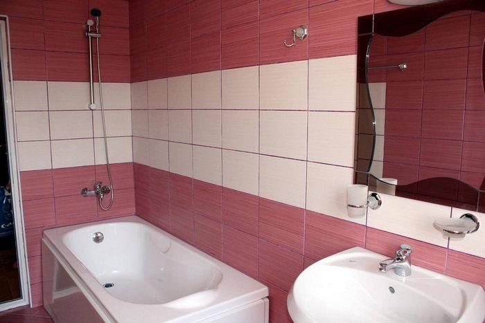 Дизайн розовой ванной комнаты